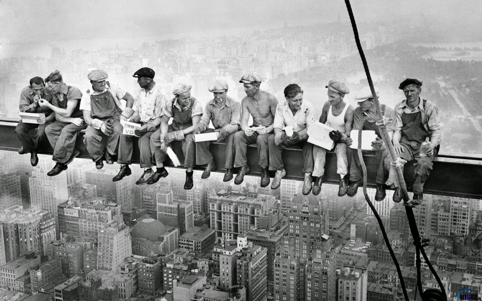 new york history geschichte lunch atop a skyscraper building search part 1. Black Bedroom Furniture Sets. Home Design Ideas