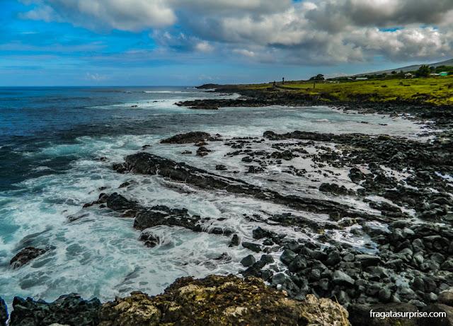 Rochas vulcânicas nas praias da Ilha de Páscoa