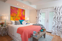 Beautiful bright bedroom decorating ideas with pink blanket throw pillows and wall arts