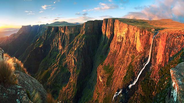 7 Air Terjun Tertinggi di Dunia yang Sangat Menakjubkan