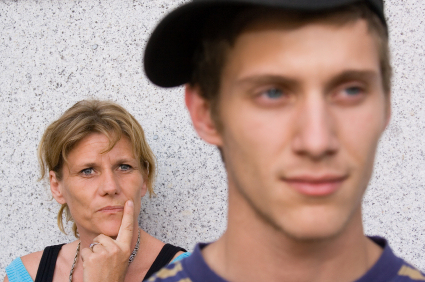 ONLINE PARENTING COACH: My Teenager Hates Me
