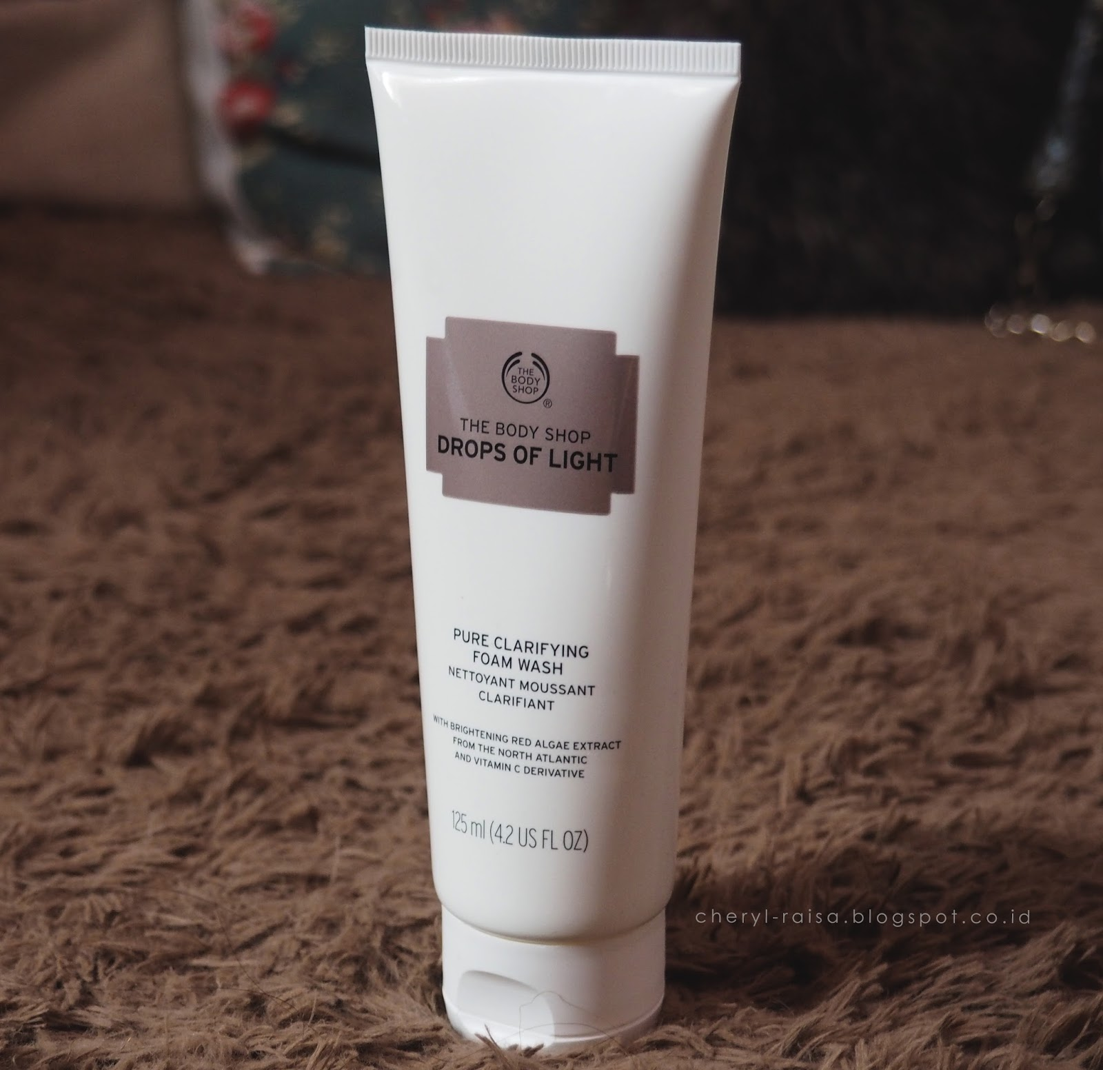 Body Shop Drop Of Light Moisturizer: Review The Body Shop Drops Of Light And Skin Defence
