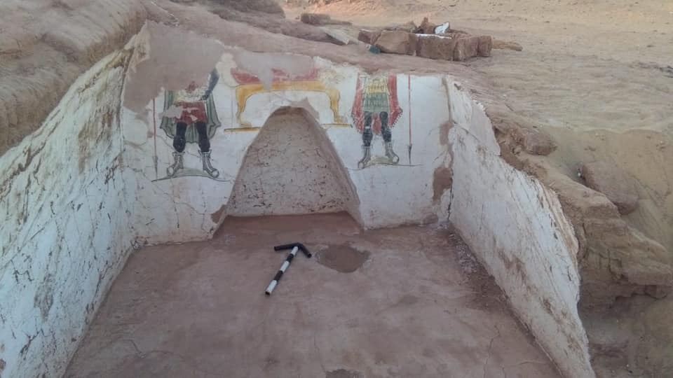 Roman Tombs Discovered In Egypt's Dakhla Oasis - image Egypt-02 on https://universegap.com