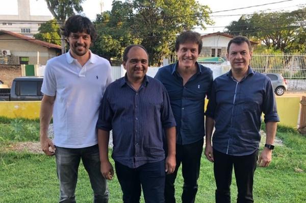 Robinson, Dison e Fábio Faria recebem apoio do prefeito de Santo Antônio