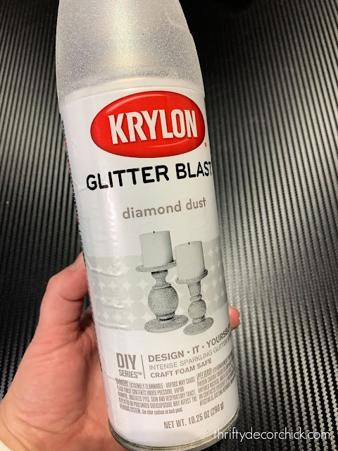 Glitter Blast spray paint