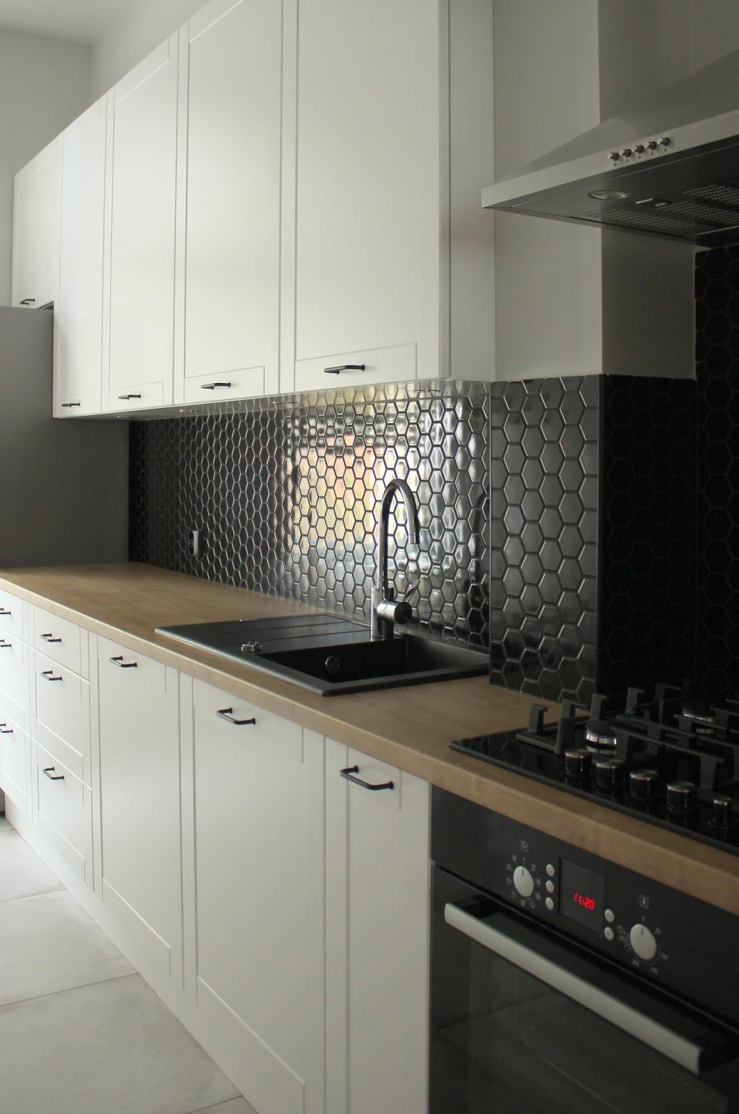 Beno Czarna Mozaika W Kuchni