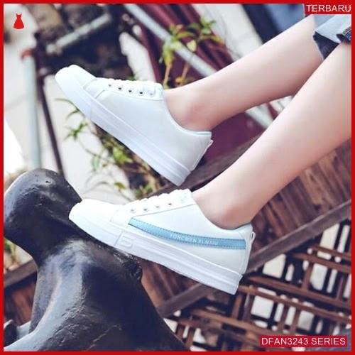 DFAN3243S46 Sepatu Mcc 02 Poxing Wanita Sneakers Murah BMGShop