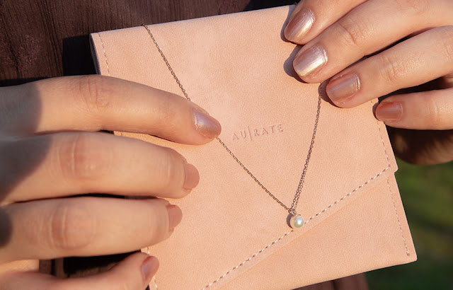 AUrate Simple Pearl Necklace
