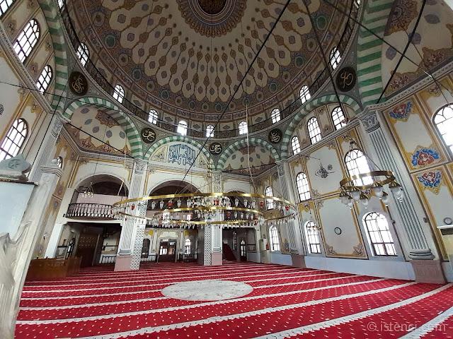 Bolu Yıldırım Bayezıd Camii içi