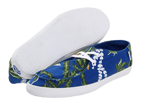 682dd45283 They feature woven uppers with Hawaiian print detailing and contrast flat  woven laces. The insides have a soft molded EVA Vanslite sockliner.