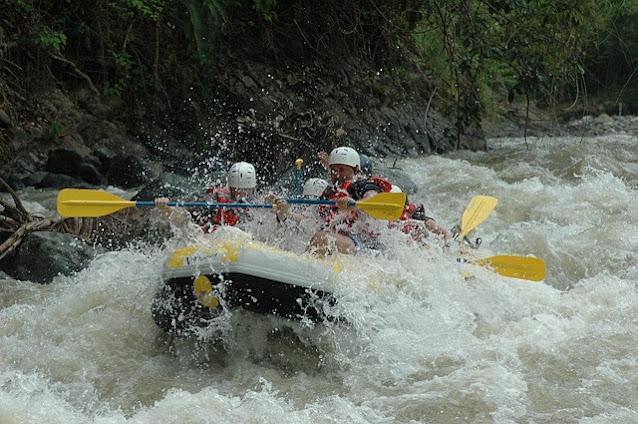 River rafting at Khalwani