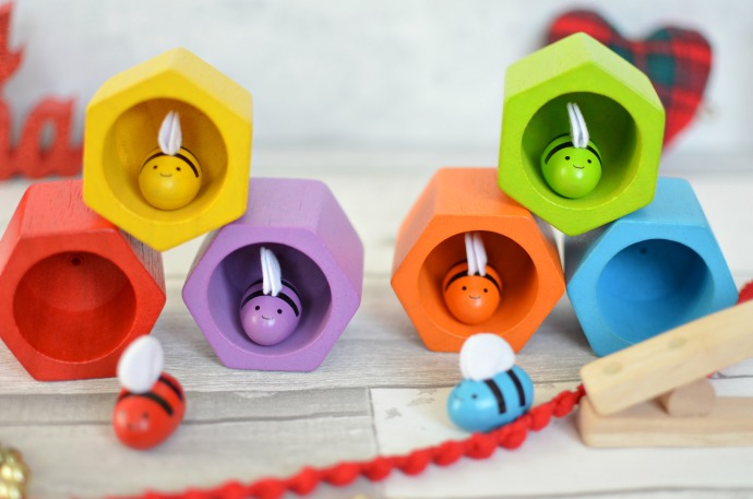 Christmas Gift Guide for a Two year old - Plan Toys BeeHive