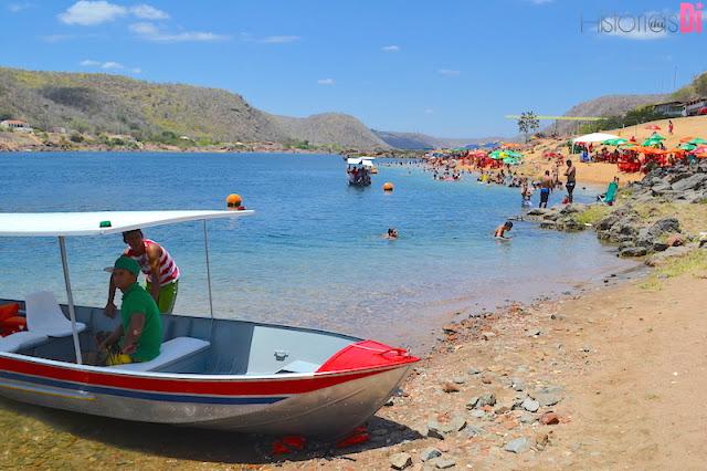 Porto de Piranhas, de onde saem os barcos para a Rota do Cangaço!