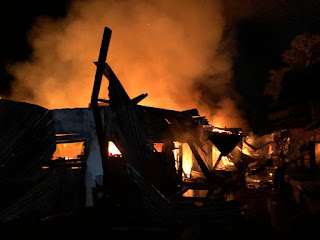 Puluhan Kios di Pasar Inpres Kelurahan Kotapinang Ludes Terbakar