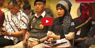 GEGER!! Ini Bukti PKI Bangkit 'Partai Komunis Indonesia' Terbaru 2017 Dan Mengatakan Aku Bangga Bisa Duduk Dikursi DPR