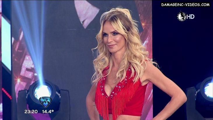Sabrina Rojas big breasts cleavage blonde damageinc videos HD