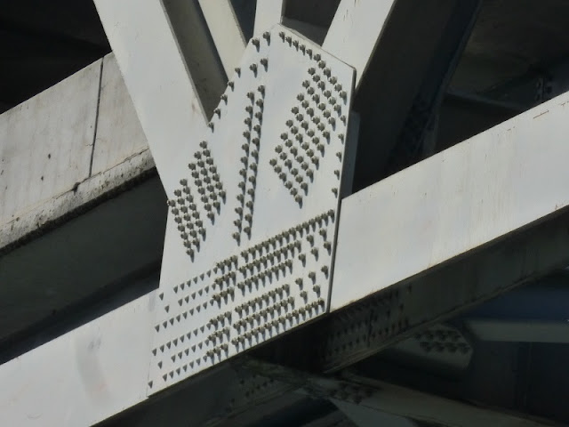 lots of bolts on 5 fwy bridge