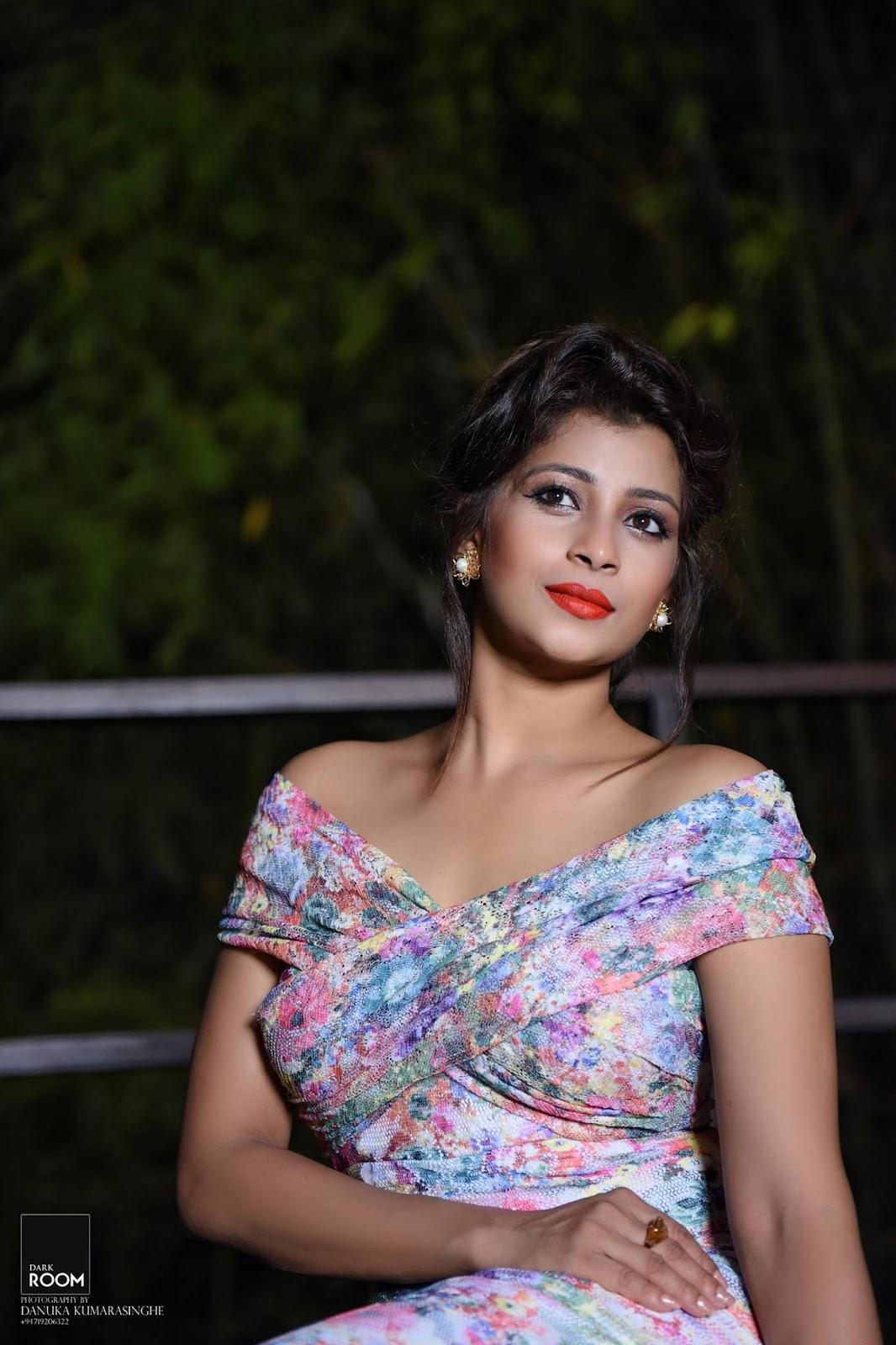 Nadeesha Hemamali | Sri Lanka Hot Picture Gallery.