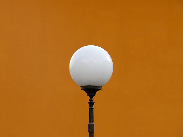 Lamp post, Via dell'Uffizio dei Grani, Livorno