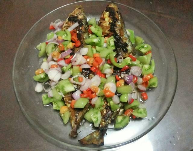 Resep ikan kembung panggang bumbu dabu dabu ala rumah makan ciwidey