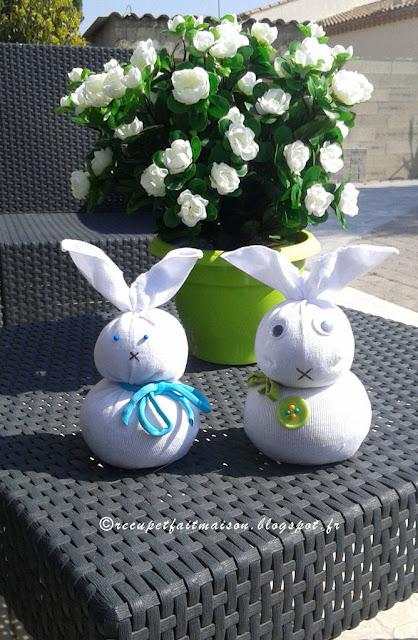 r cup et fait maison diy fabriquer des lapins avec des. Black Bedroom Furniture Sets. Home Design Ideas