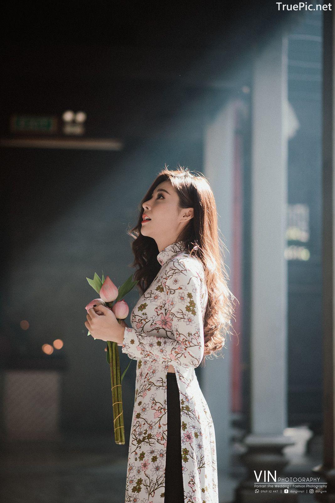 Image-Vietnamese-Beautiful-Girl-Ao-Dai-Vietnam-Traditional-Dress-by-VIN-Photo-3-TruePic.net- Picture-1