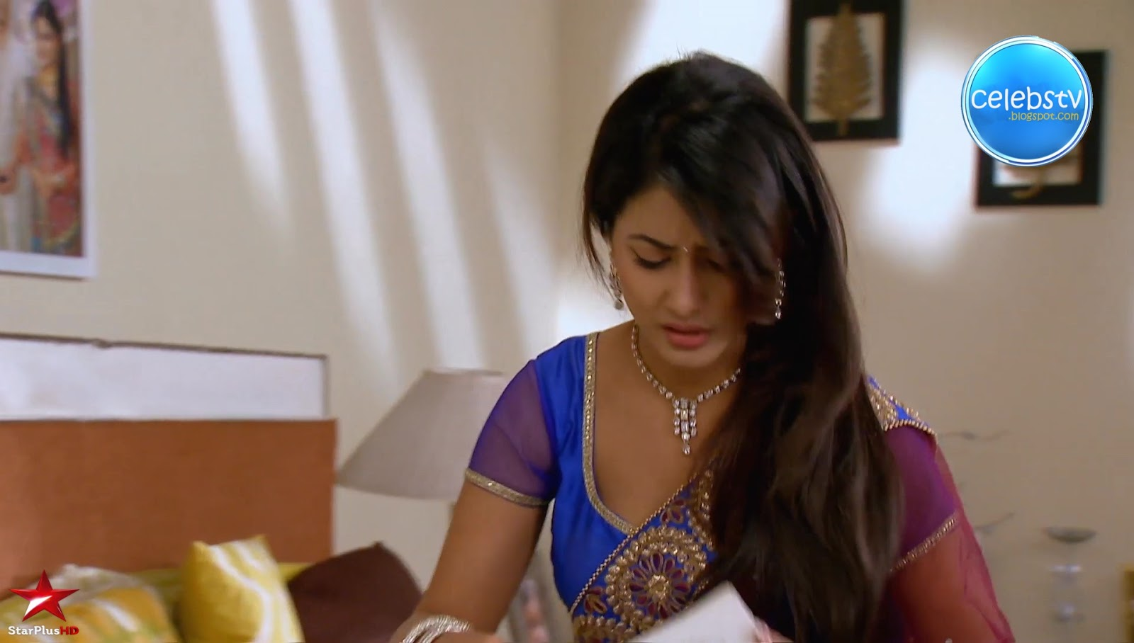 Hina Khan Aka Akshara Of Yrkkh Sexy Navel, Cleavage - Xxx -7978