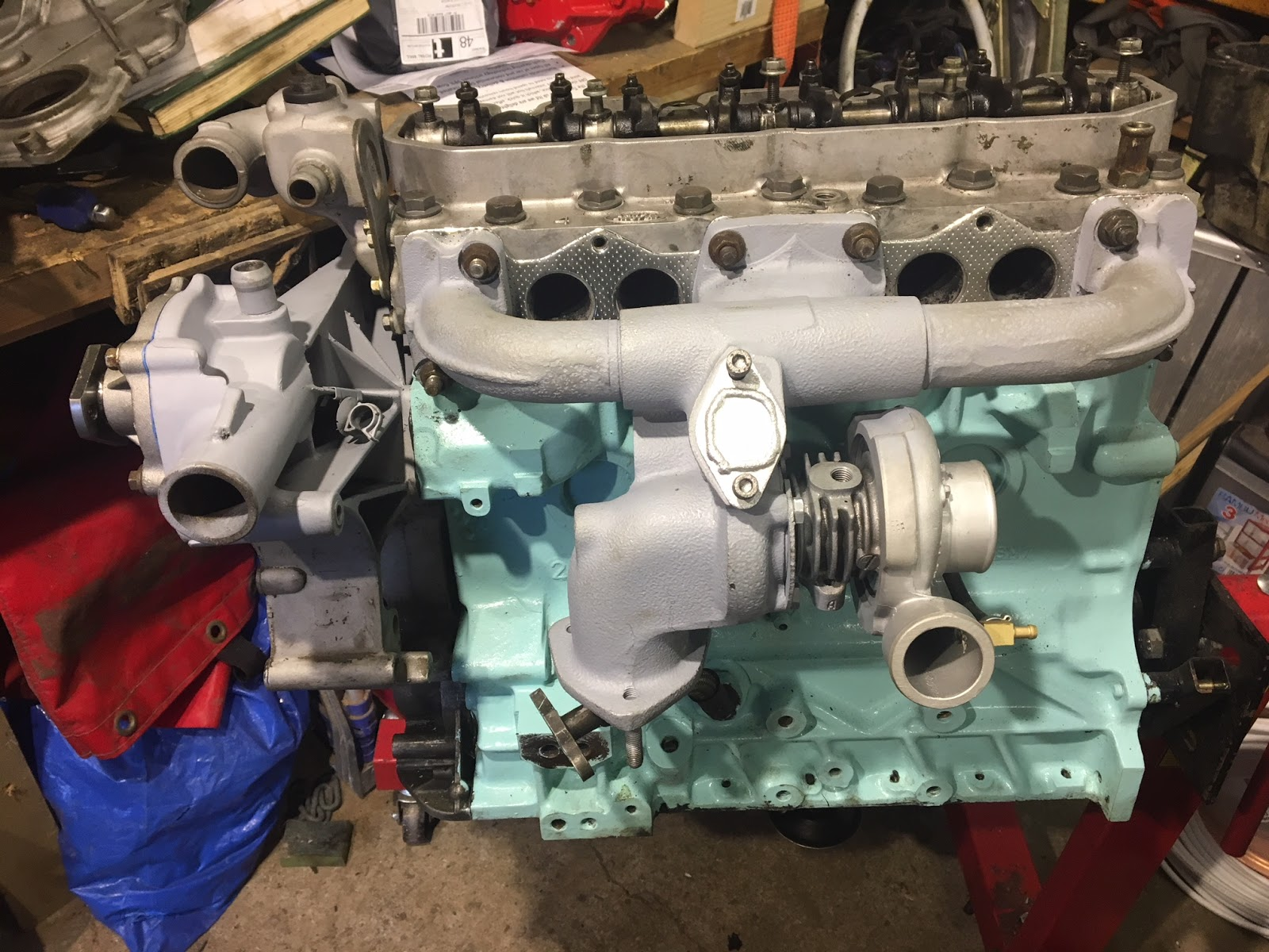 Land Rover Defender 130 Wolf Pulse Ambulance Carburetor The Engine Starts To Look More Like An And Not Just A Pile Of Bits
