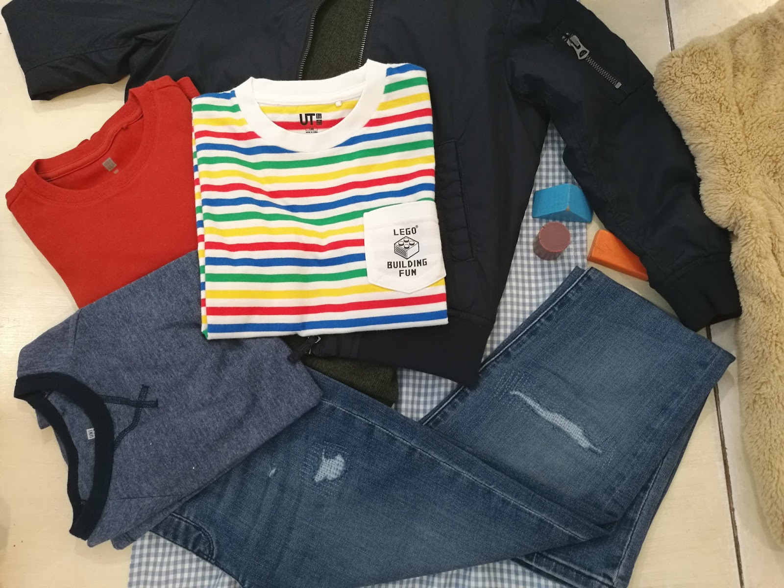 c4a59524c1638d UNIQLO is a brand that always designs functional, high-quality clothes that  keep all our bodies able and mind at ease. Which is why, they are one of my  ...