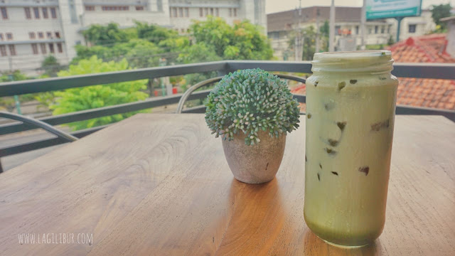 Red Bean Matcha Oldtown White Coffee Cafe