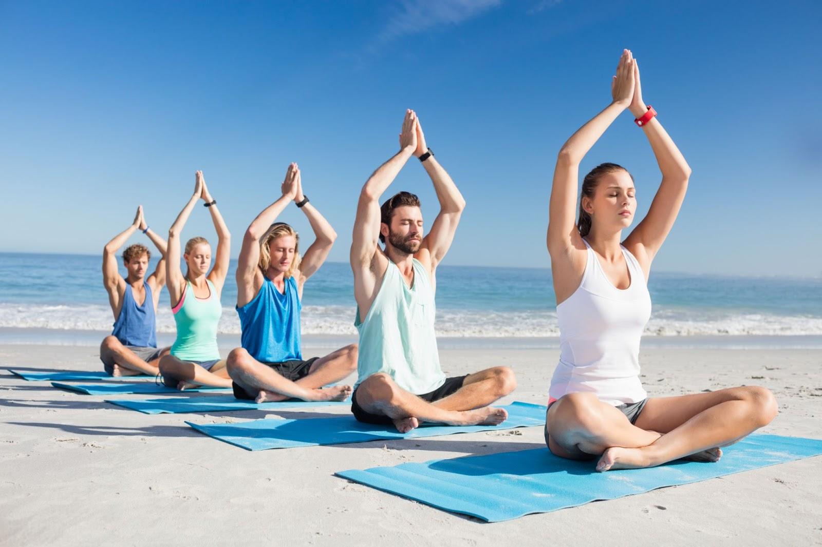 Tập yoga bên âm thanh tự nhiên