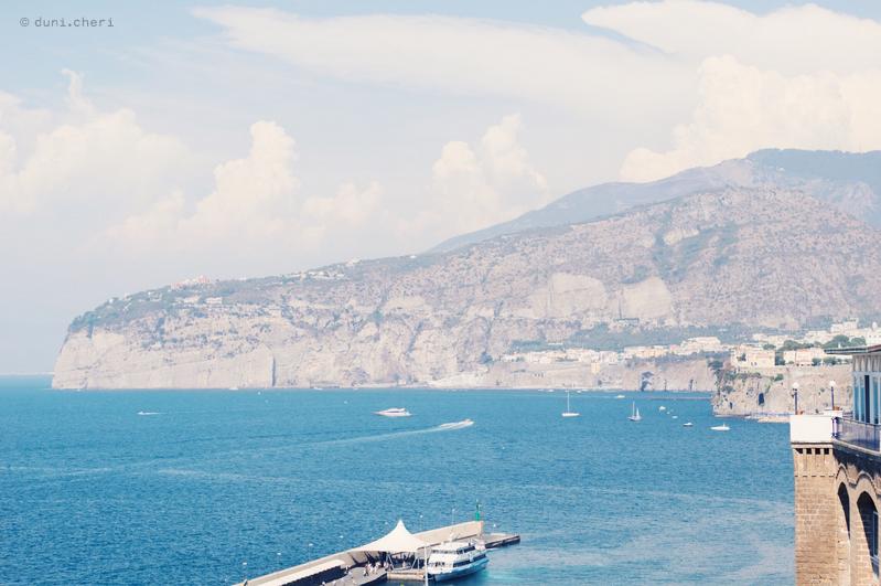 sorrento meer berge italien reise