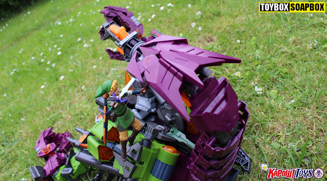 maketoys pandinus decepticon tail badge