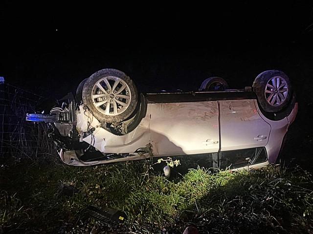Dos lesionados dejó accidente en la Ruta T85