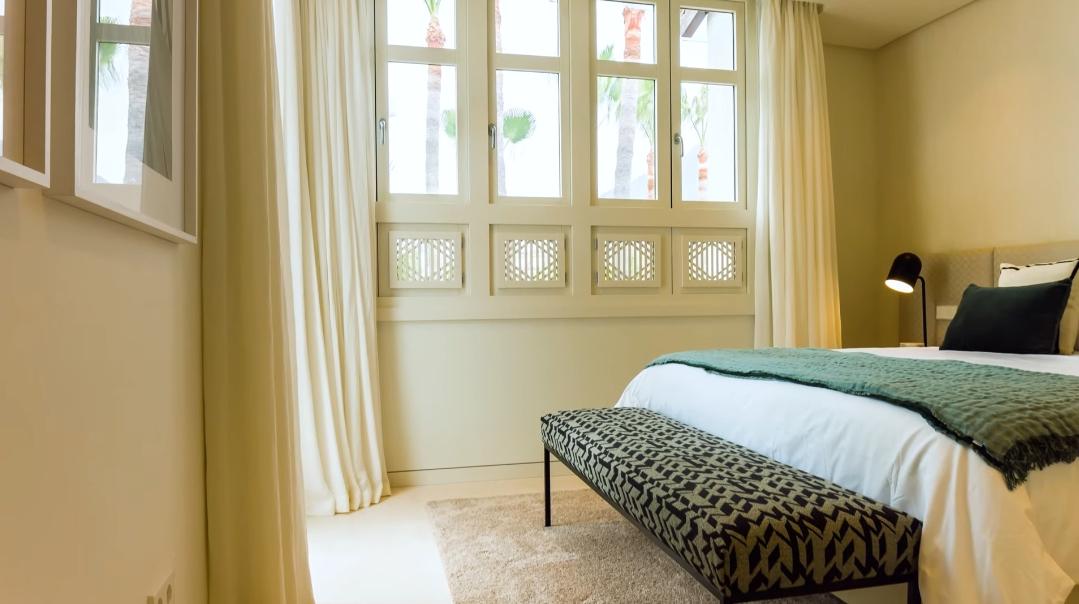21 Interior Design Photos vs. Penthouse Drago 31 Puente Romano, Marbella Tour
