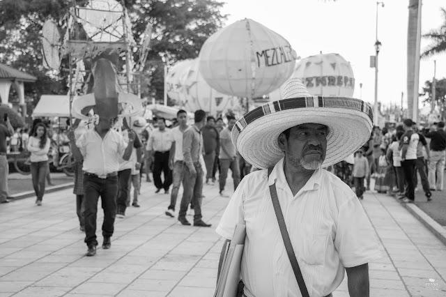 Calenda en Santa María del Tule Oaxaca