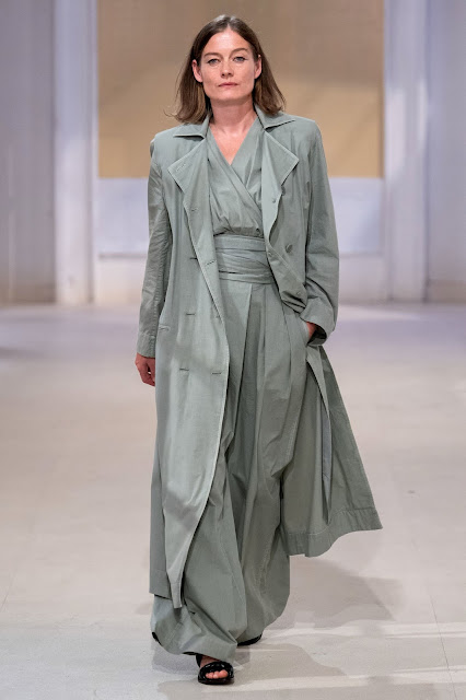 Lemaire runway fashion SS20 trends be fashion blogger Kelly Fountain