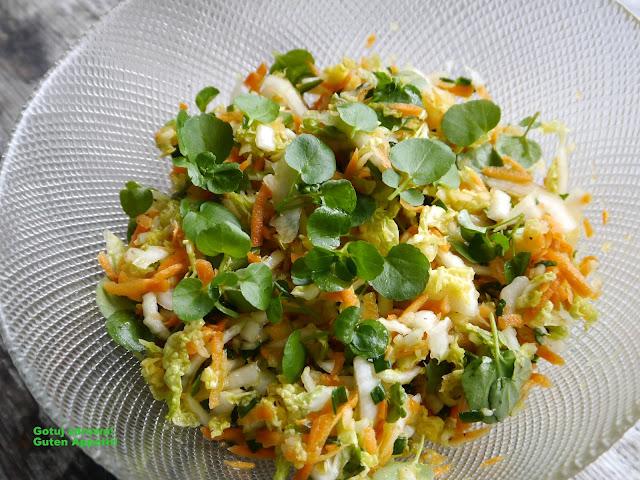 Obiadowa surówka z kapusty pekińskiej - Czytaj więcej »