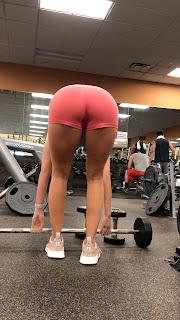 Chicas preciosas gym usando licra