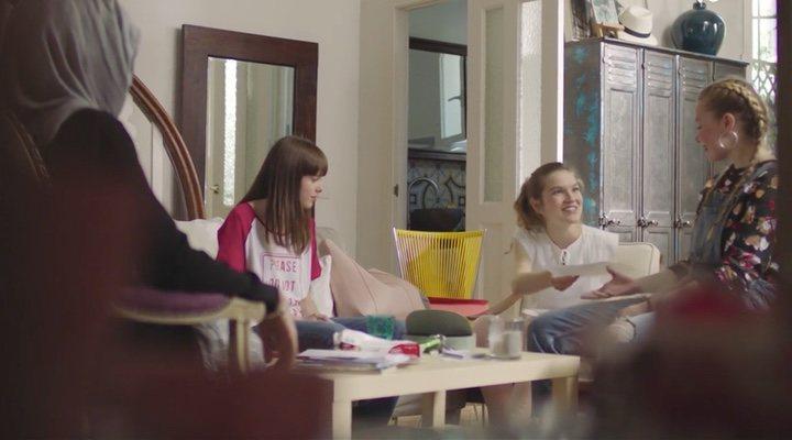 Amira, Eva, Viri y Cris en 'Skam España'