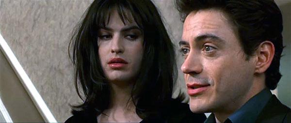 Michael Cavadias femulating in the 2000 film Wonder Boys.