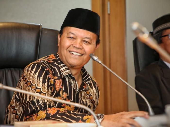 PDIP Sebut Sumbar 10 Tahun Diprovokasi, PKS Pamer Capaian dan Kesuksesan Irwan Prayitno