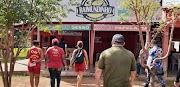 Vigilância Sanitária realiza trabalhos de orientação e fiscalização em bares de Trizidela do Vale.