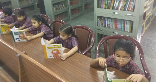 Library Visit - Reading ooks