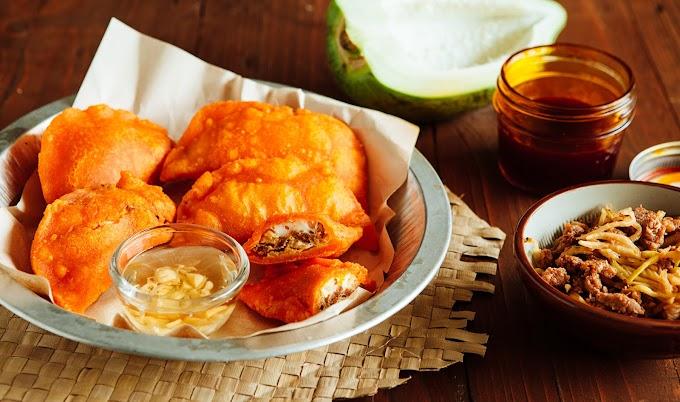 Yummy and Crispy Ilocos Empanada ...