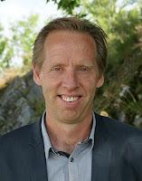 Porträttbild på Peter Larsson