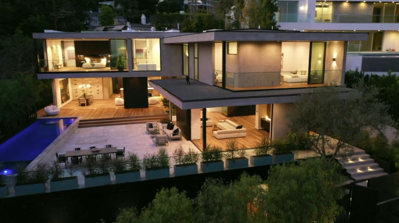 71 Photos vs. Tour 1383 Londonderry Pl, Los Angeles, CA Luxury Mansion Interior Design
