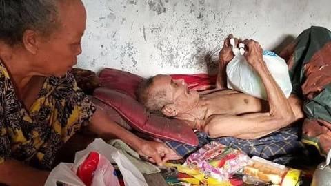 Kisah Miris Mbah Sarani yang Kelaparan hingga Makan Kapuk Bantal