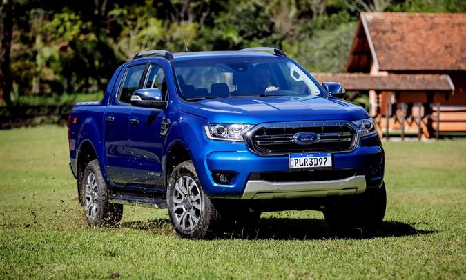 Além do celular: Ford alerta sobre perigos da distração ao volante