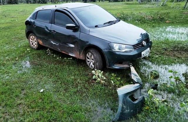 Carro roubado em Teresina é recuperado na zona rural de Campo Maior, após perseguição policial